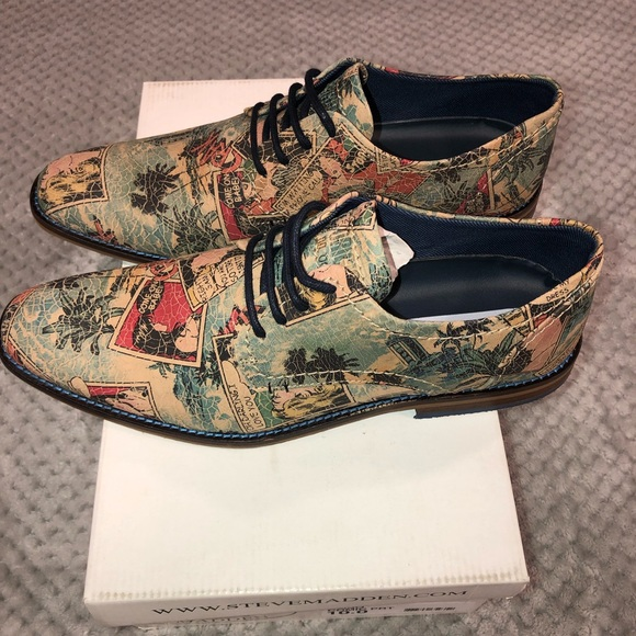 f27914262a8 Limited Edition Steve Madden Comic Book Shoes NWT